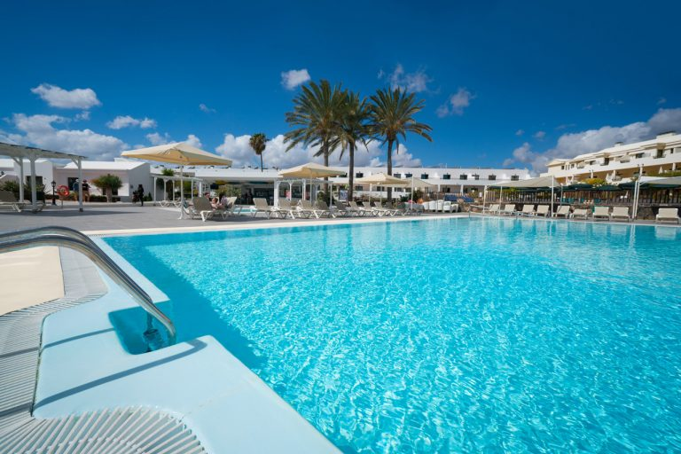 Swimming Pools Club Santa Rosa Apartamentos